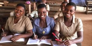 Education: 75% des programmes scolaires sont exécutés au Lycée des Jeunes Filles de Parakou.