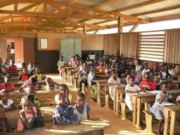 Cours de vacance pour les écoliers, une surcharge du calendrier sur les apprenants.